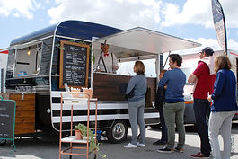 traiteur crepier food truck.jpg