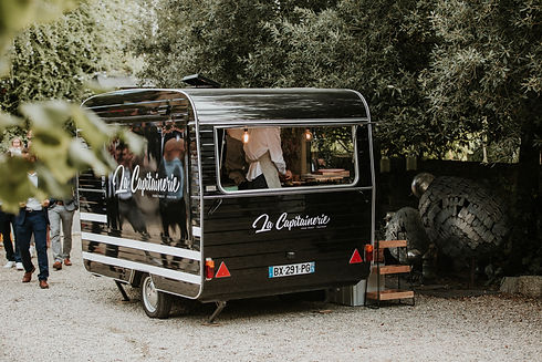 FOOD TRUCK CREPES BREST LA CAPITAINERIE.