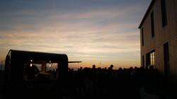 food truck et traiteur crêpier pour repas d'entreprise à brest et partout en bretagne