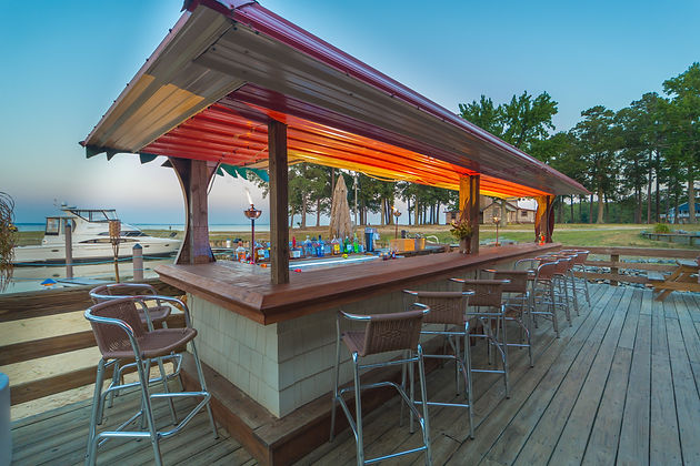 Coles Point Marina - Tiki Bar