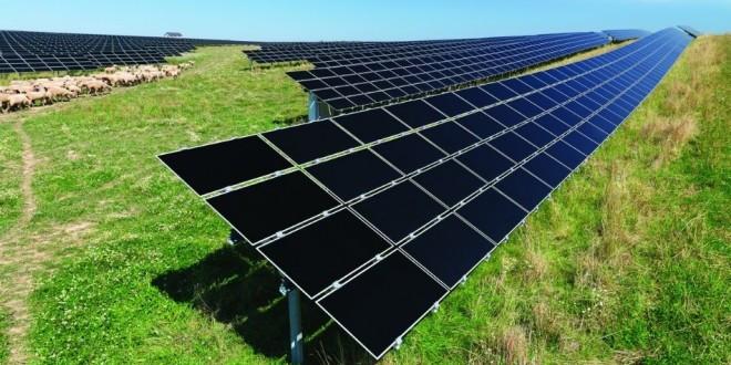 thin film solar panel