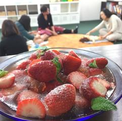 ベビー/チャイルドマッサージ&子育てプチ講座〜 Baby Massage and Morning Tea April