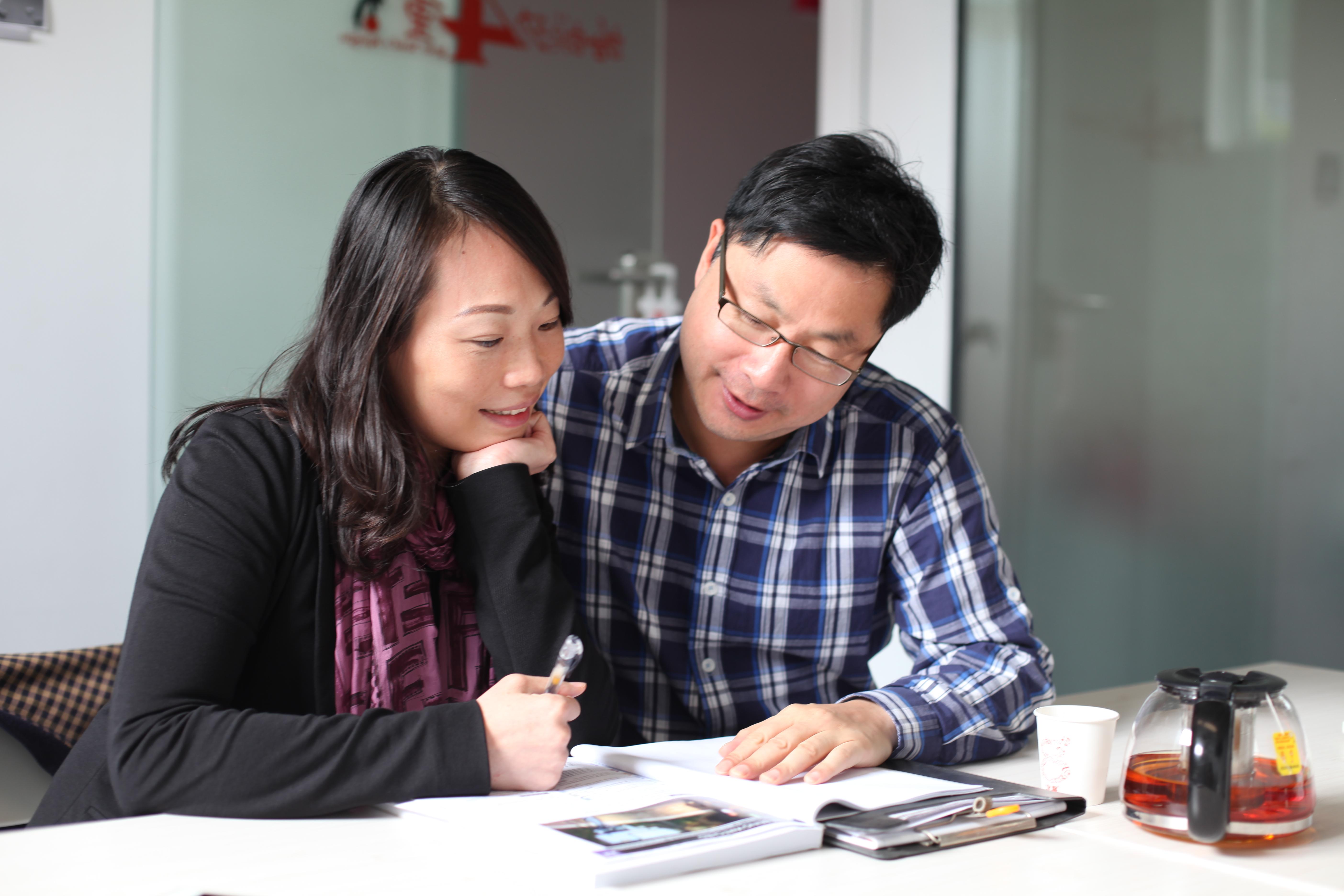 Rebecca and Dr Mai