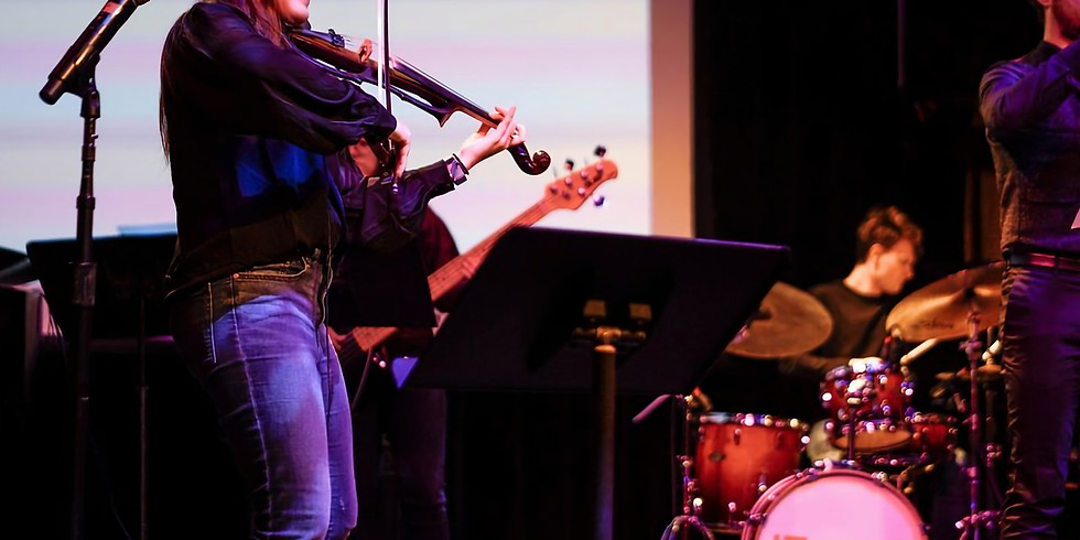 Emily Gelineau - A Night Of Fusion Jazz