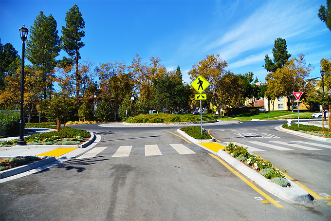 Golf Club Road Roundabout