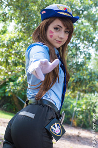 Karrigan Taylor Officer D'va