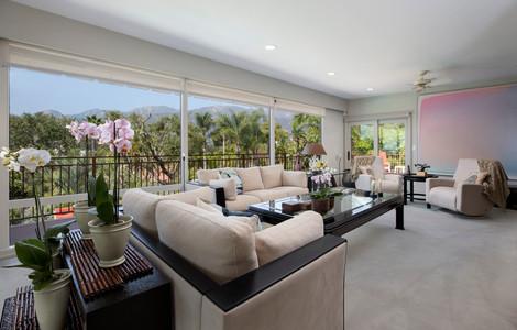 7_livingroom.jpg
