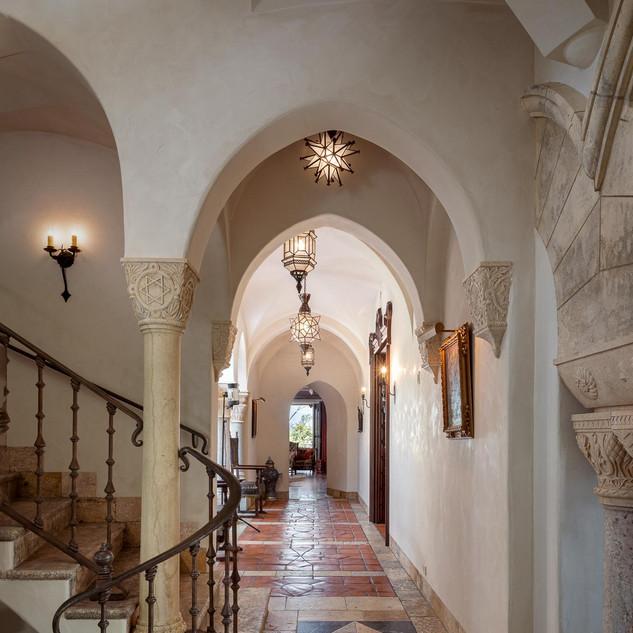 Entry Galleria