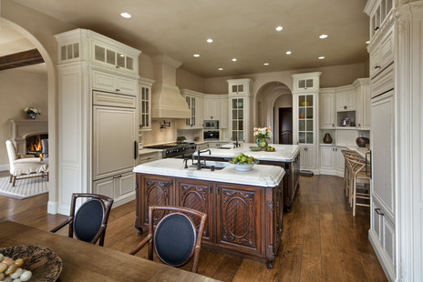 8_1664EValleyRd_Kitchen-min.jpg