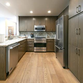 1313 - kitchen.jpg