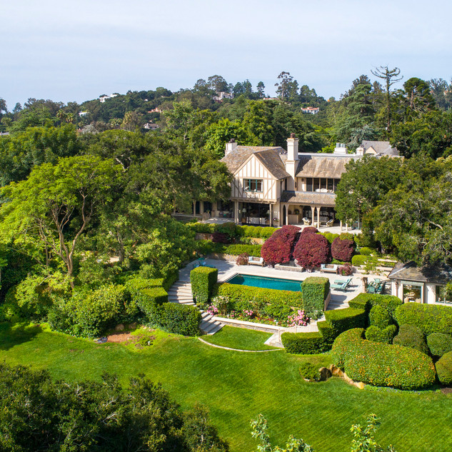 Prominent and Sophisticated Montecito Estate