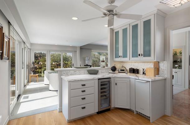 11_kitchen.jpg