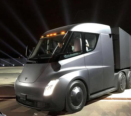 UPS makes largest Tesla electric semi-truck pre-order to date