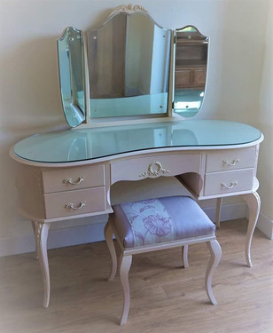 Dressing table, mirror and stool set