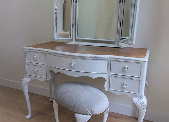 Stunning dressing table and stool set SOLD