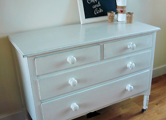 Vintage solid oak handpainted drawers