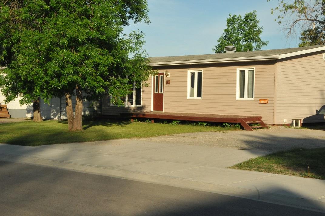30 Cedar Housefront