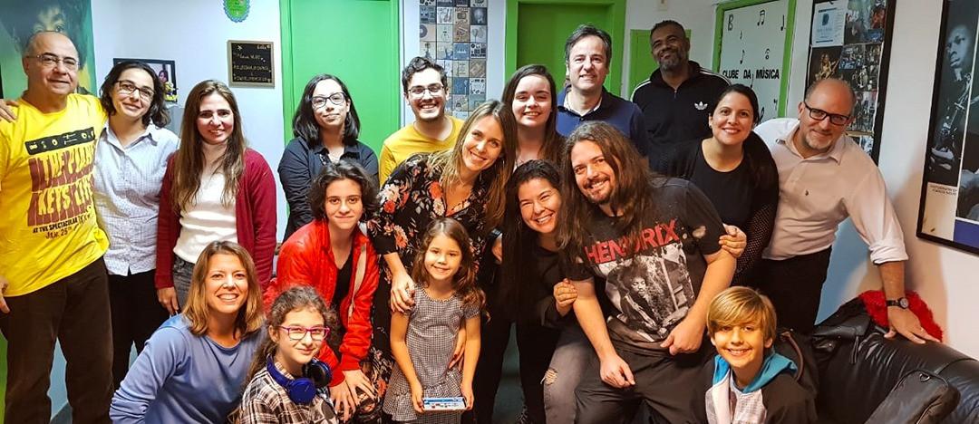 Escola de Música no Recreio Clube da Música