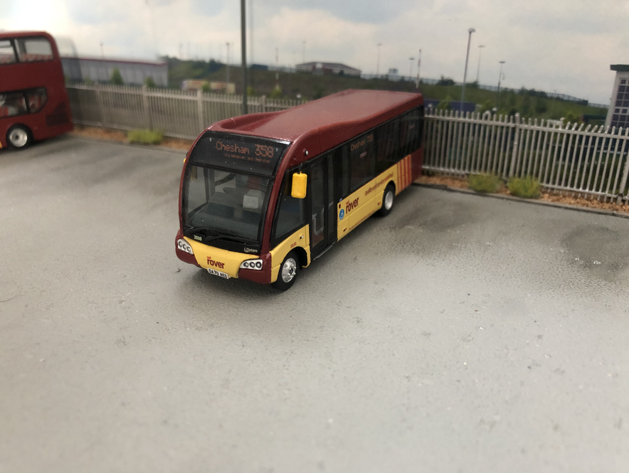 New livery on a shorter Solo SR