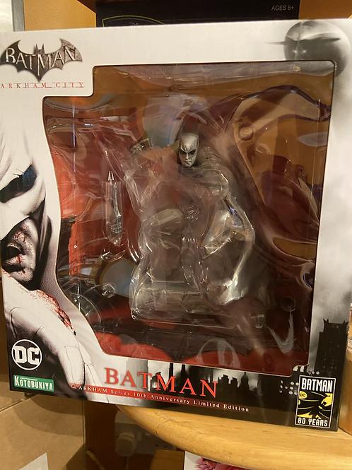 DC Artfx Kotobukiya Batman 10th Anniversary Statue Figure