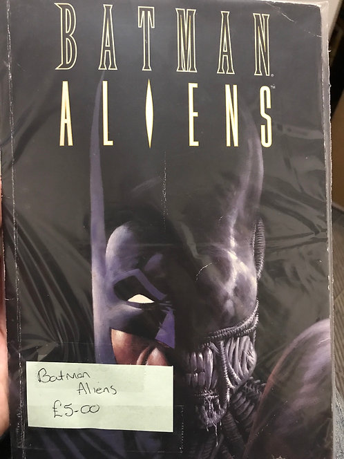 Batman Aliens TPB Graphic Novel (Preowned)