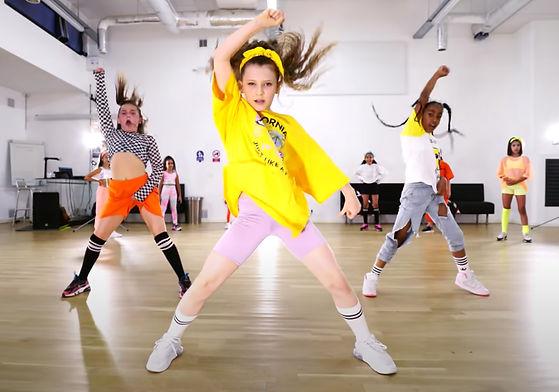 Kids dancing 2.jpg