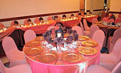 Using a fall pallette to create a warm wedding reception! Plains Hotel in Cheyenne Wyomingwas a great venue for Wyoming wedding rentals.