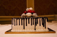 wedding groom's cake