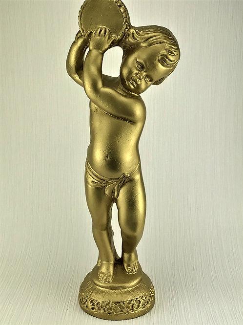 Smuk guldlakeret drengeskulptur