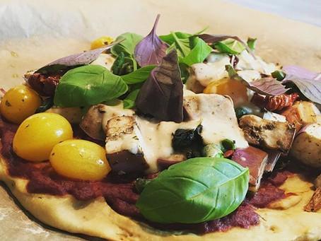 Pflanzliche Pizza mit Mandelmozzarella | Soulfood | Diäten am A….vorbei