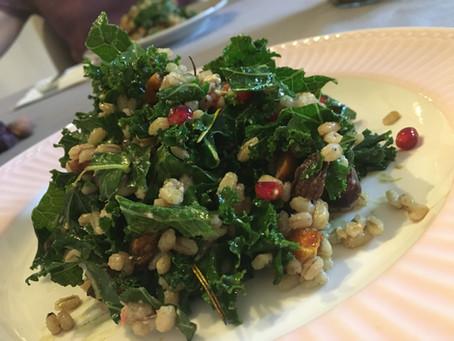 Wintersalat mit Granatapfel und Gerste | Rezept und ayurvedische Wirkungsweisen