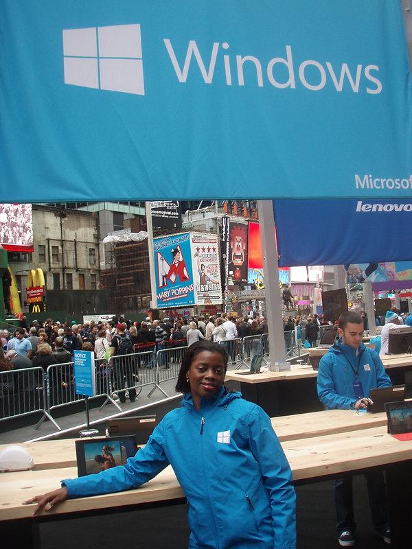 windows_8_table.jpg