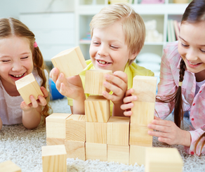 Comment occuper les enfants, en répondant à leurs besoins fondamentaux ?