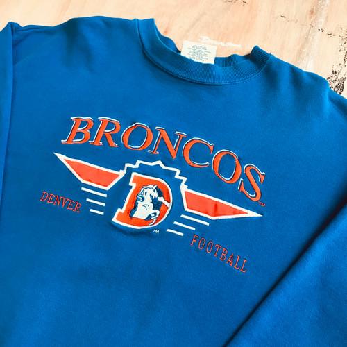 cb2d10dec85 Denver Broncos - 1990s Embroidered Logo Athletic Throwback Sweat (L)