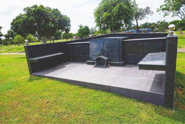 Manila Memorial Double Niche