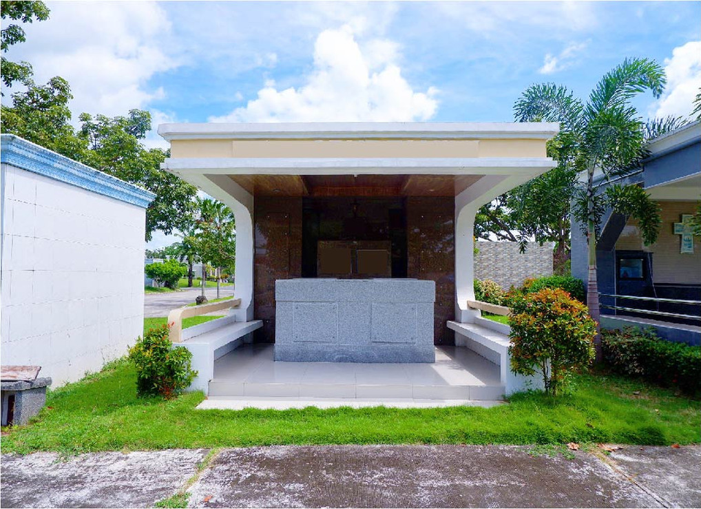 Manila Memorial 12 Lots Common Design