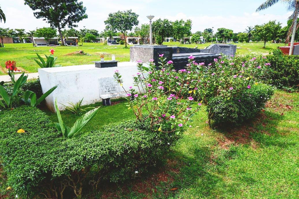 Manila Memorial Park Garden Lot