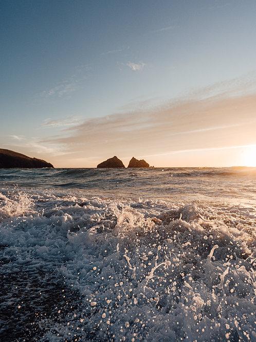 Holywell Bay Waves