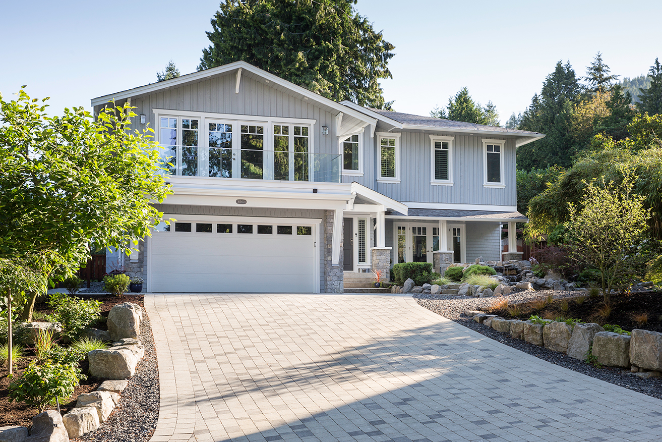 West Vancouver Home Landscaping