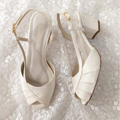 Sandália de Noiva Branca Salto Baixo