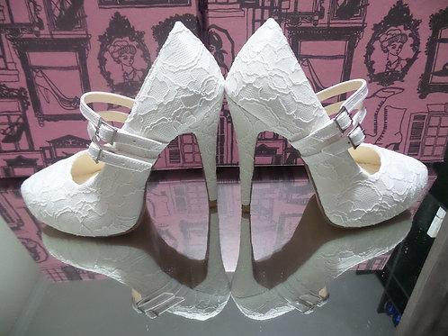 Sapato de Noiva Branco Renda