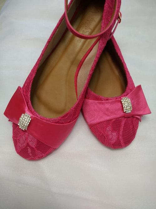 Sapatilha Renda Pink com Broche de  Strass