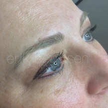 (HEALED) EYELINER & EYEBROWS AFTER TWO SESSIONS.