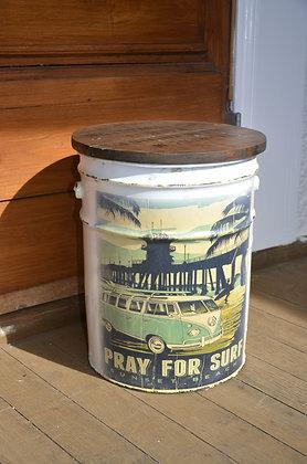 Wanderer Barrel Decor