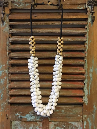 Shell and Wooden Beads Decor