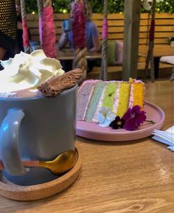 Hot chocolate & cake