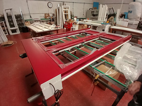 table-assemblage-rouge.jpg