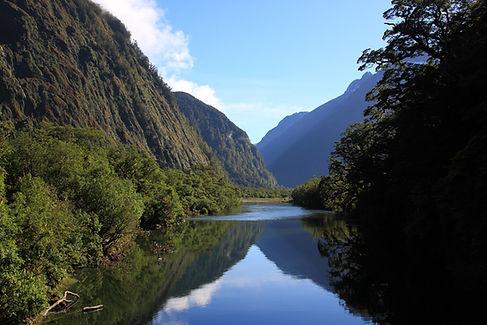 montagne spirituel tradition conscience paisibilité tranquilité ataraxie paysage lac vallée