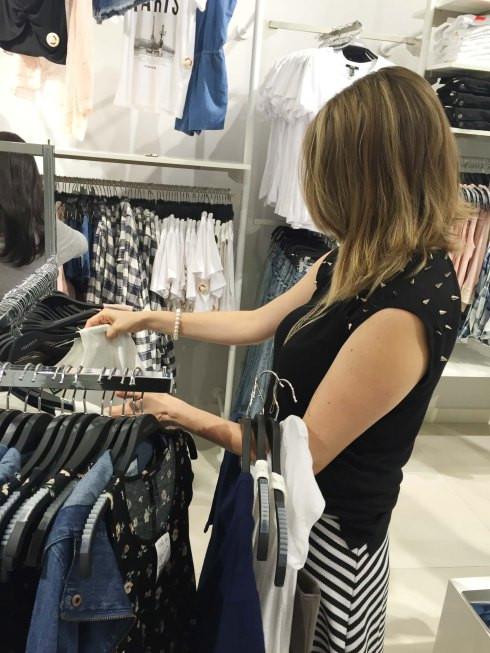 Como comprar em uma fast fashion