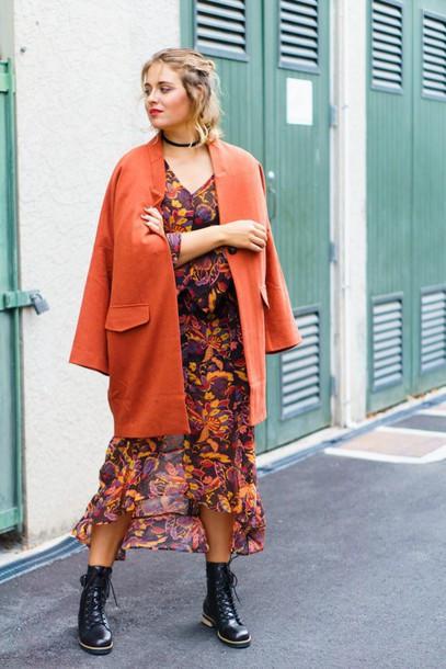 10tknx-l-610x610-dress-oversized+coat-burnt+orange+coat-orange+coat-dark+floral-long+sleeved+maxi+dress-floral+maxi+dress